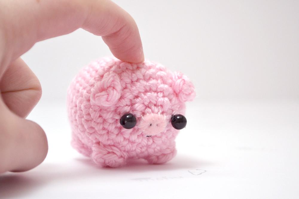Amigurumi Pig : Amigurumi pig a modified amigurumi pig design mohumohu