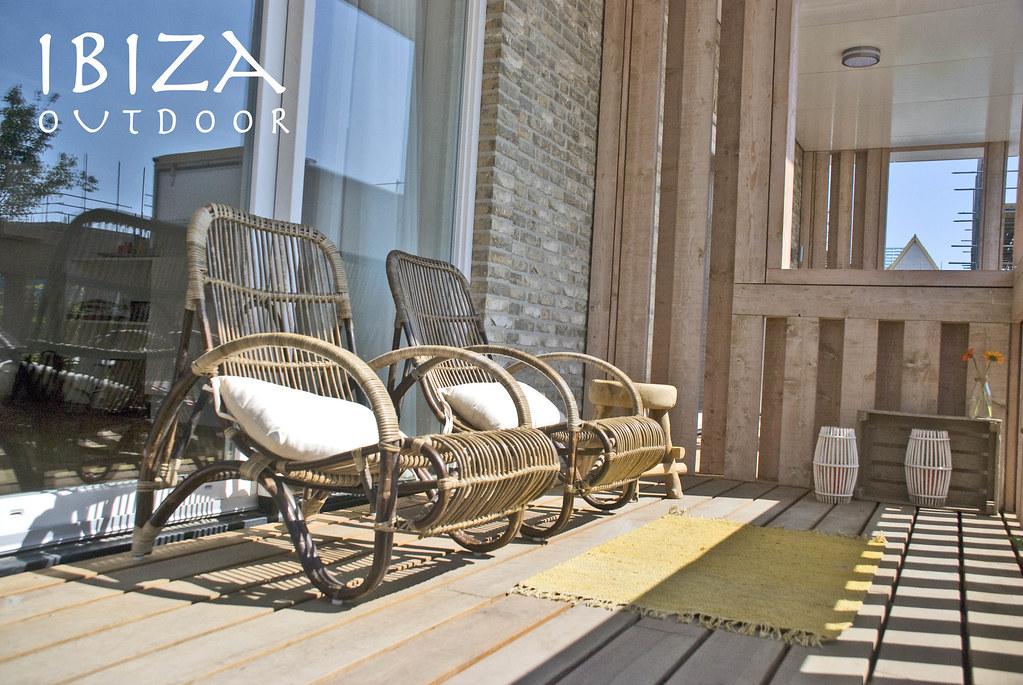 Rotan Lounge Stoel : Rotan lounge stoelen heb weer een aantal nieuwe rotan lounu flickr