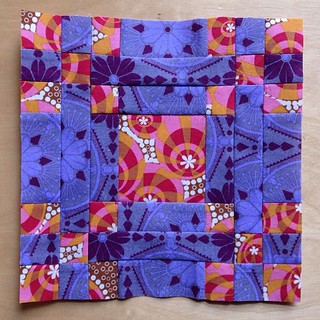 Looking at these blocks makes me feel a little warmer. Hen and Her Chicks block #ponyclubquilt #annamariahorner | by quirky granola girl