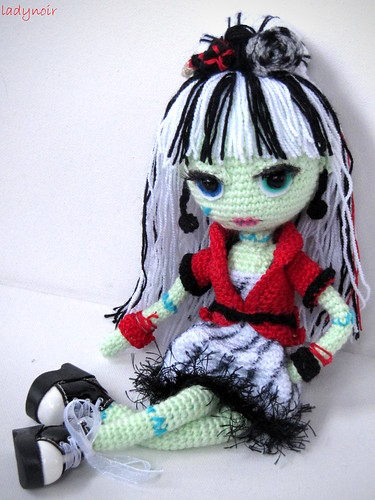 Crochet Amigurumi Baby Monsters With Craftyiscool : Frankie Stein Amigurumi ladynoir63 Flickr