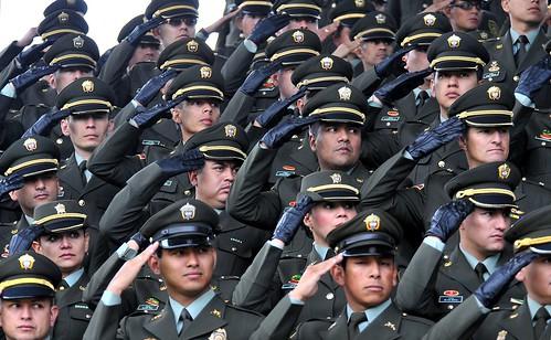 Ministro de defensa nacional encabez ceremonia de ascenso for Ministro de la policia nacional