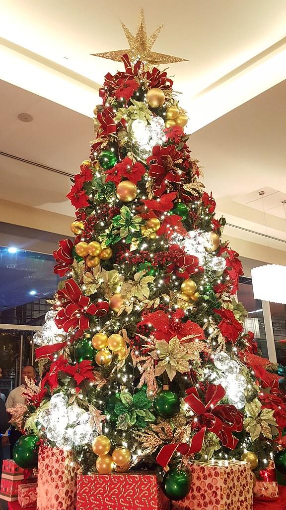DavaoLife.com Photo | Park Inn By Radisson Davao Welcomes The Christmas Season 20161111_200245