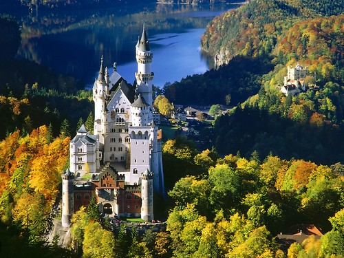 Neuschwanstein Castle | by ScarlettWang