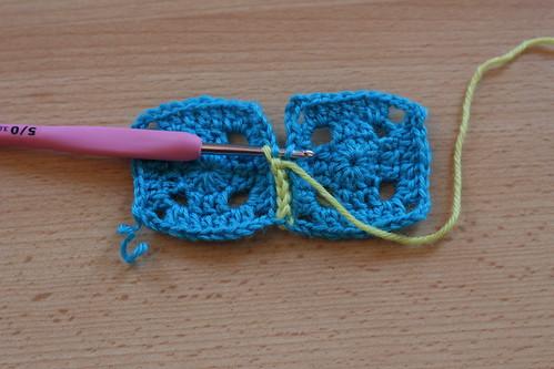 comment assembler des carr 233 s au crochet 224 plat knitspirit flickr