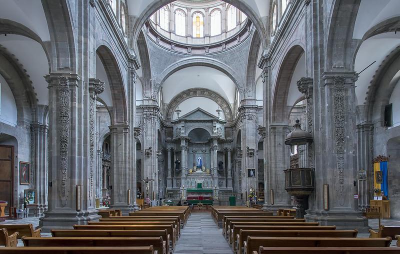 Guanajuato church interior