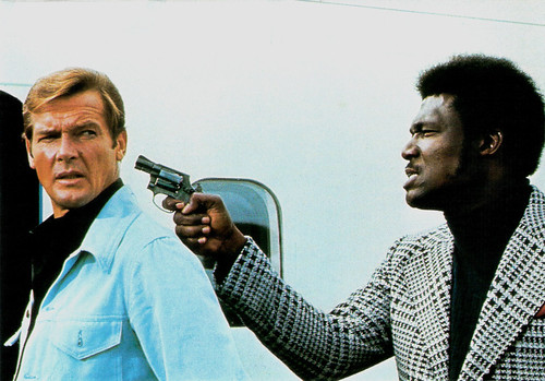 Roger Moore and Tommy Lane in Live and Let Die
