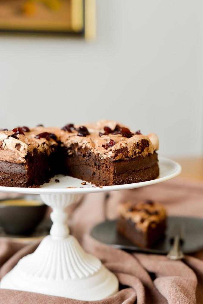 shokolaadikook kakaobesee ja viskijõhvikatega