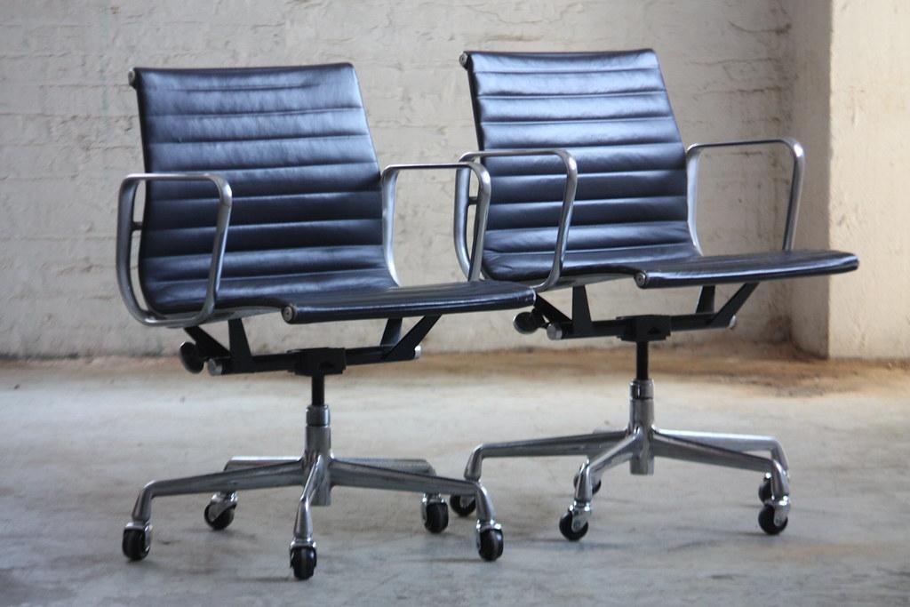 distinctive vintage eames aluminum group management chair flickr