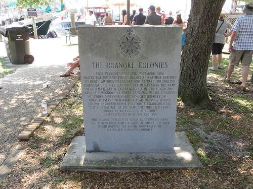 Roanoke Island: Wikis