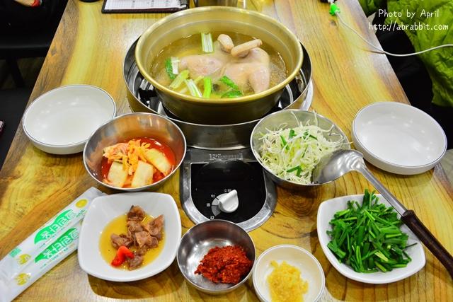 韓國首爾美食|孔陵一隻雞공릉닭한마리–韓國首爾必吃美食之一,近地鐵鐘路五街站、東大門站