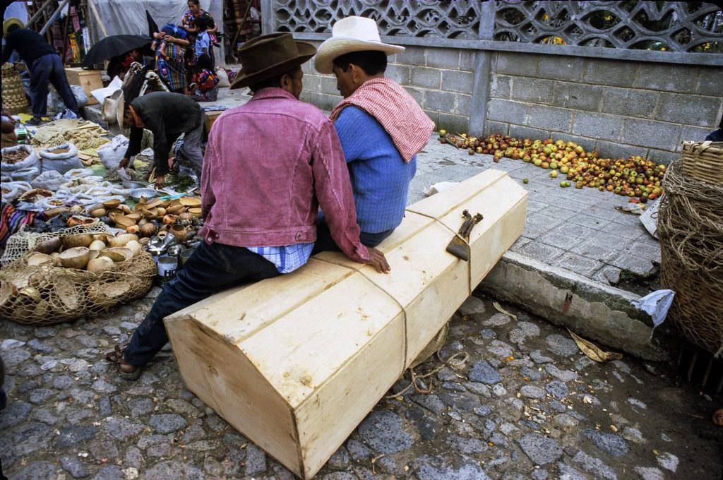 Chichicastenango, Guatemala, 1982 | by Marcelo  Montecino