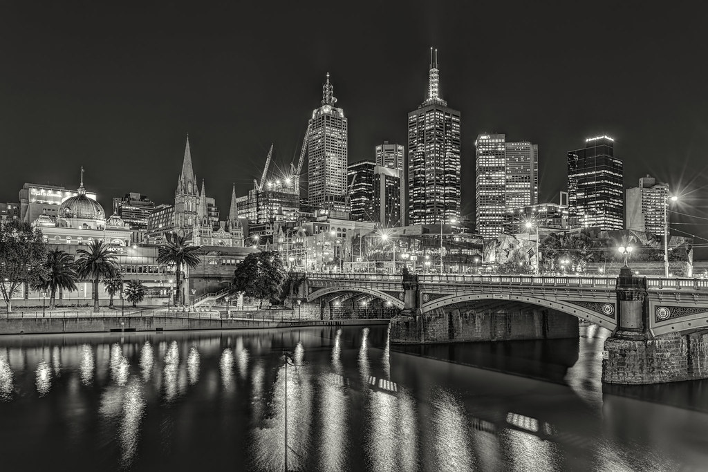 Princes bridge melbourne skyline re processed 2012 09 28 mg 4824
