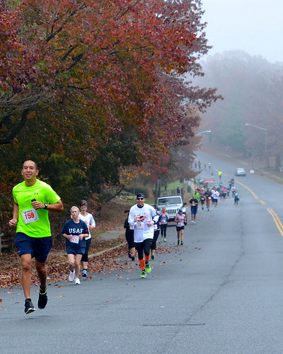 11-18-2013 Turkey Trot runners | by kirybabe