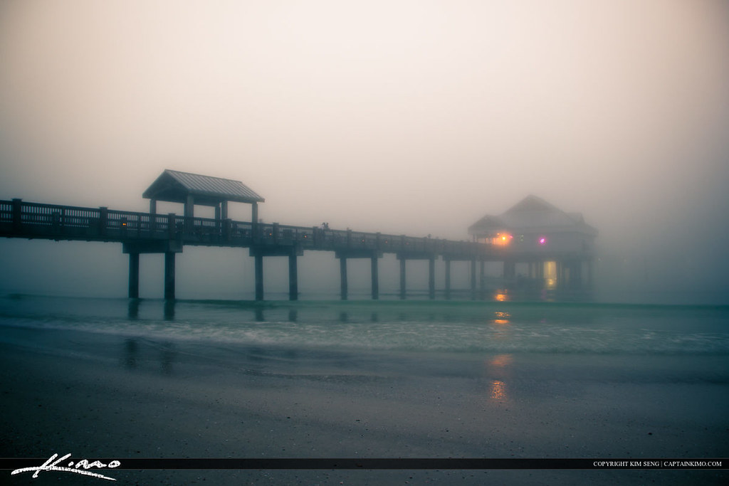 Clearwater Pier 60 Foggy Evening in Pinellas County Florid… | Flickr