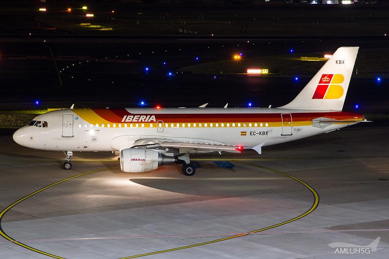 Iberia - A319 - EC-KBX (2)