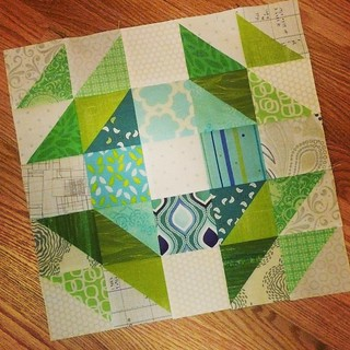 Crown of Thorns block 1/2 for Toni | by aquilterstable