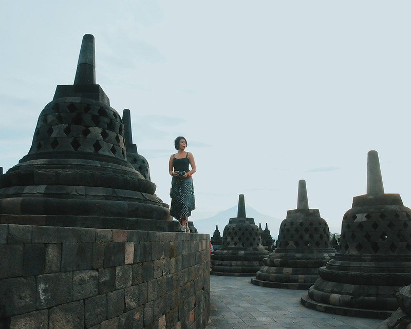 borobudur temple outfit what to wear