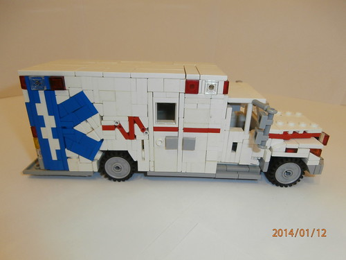 International terrastar ambulance my first moc of 2014 20 flickr - Lego ambulance ...