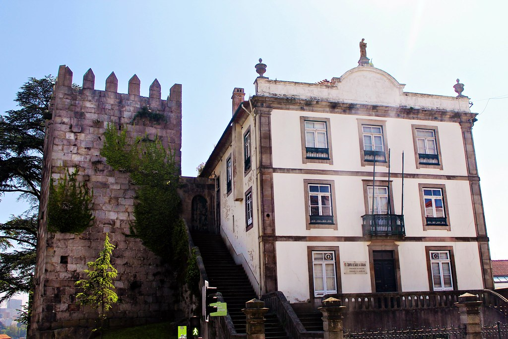 Roteiro do Porto: da Baixa Portuense ao Centro Histórico - Muralha Fernandina