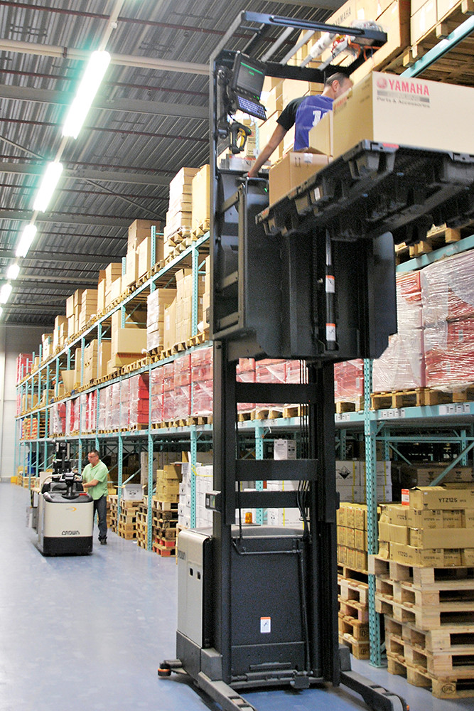 Order Picker Series GPC 3000 and SP 3500 from Crowna-order… | Flickr