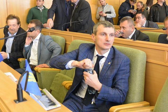 Безробітний депутат Валявка – офіційно головний спонсор «Свободи»