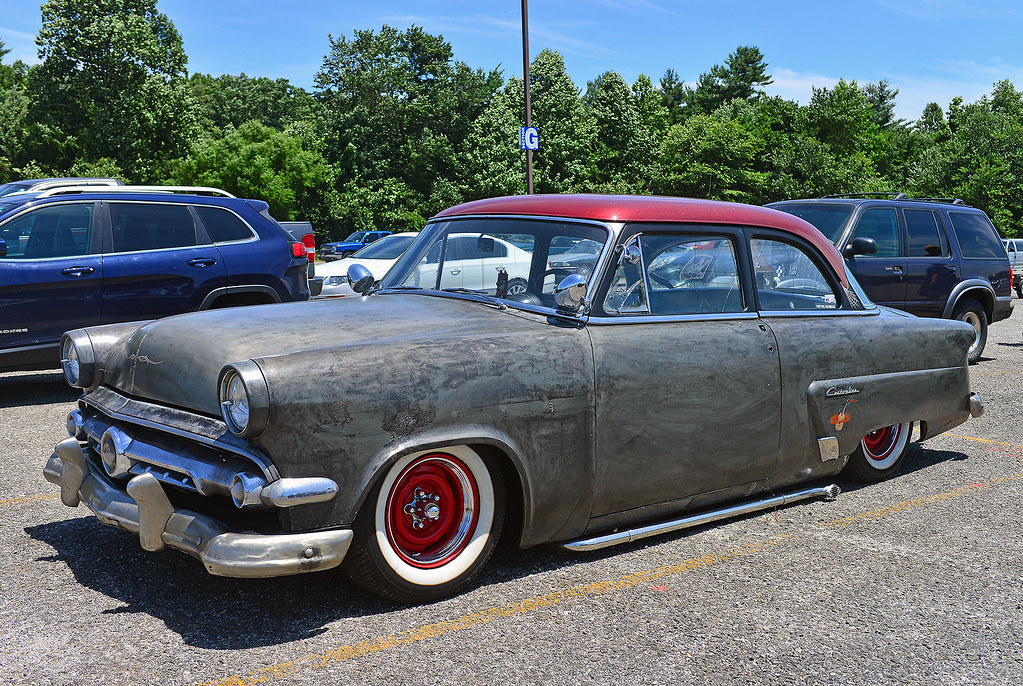 1954 Ford Customline custom  At the Mountaineer Antique Aut  Flickr