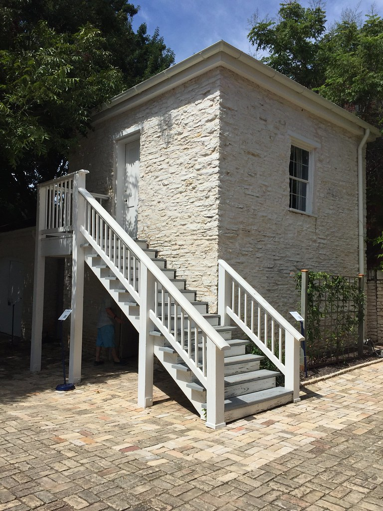 Attractive ... Austin: Neill Cochran House Museum   Dependency | By Escriteur