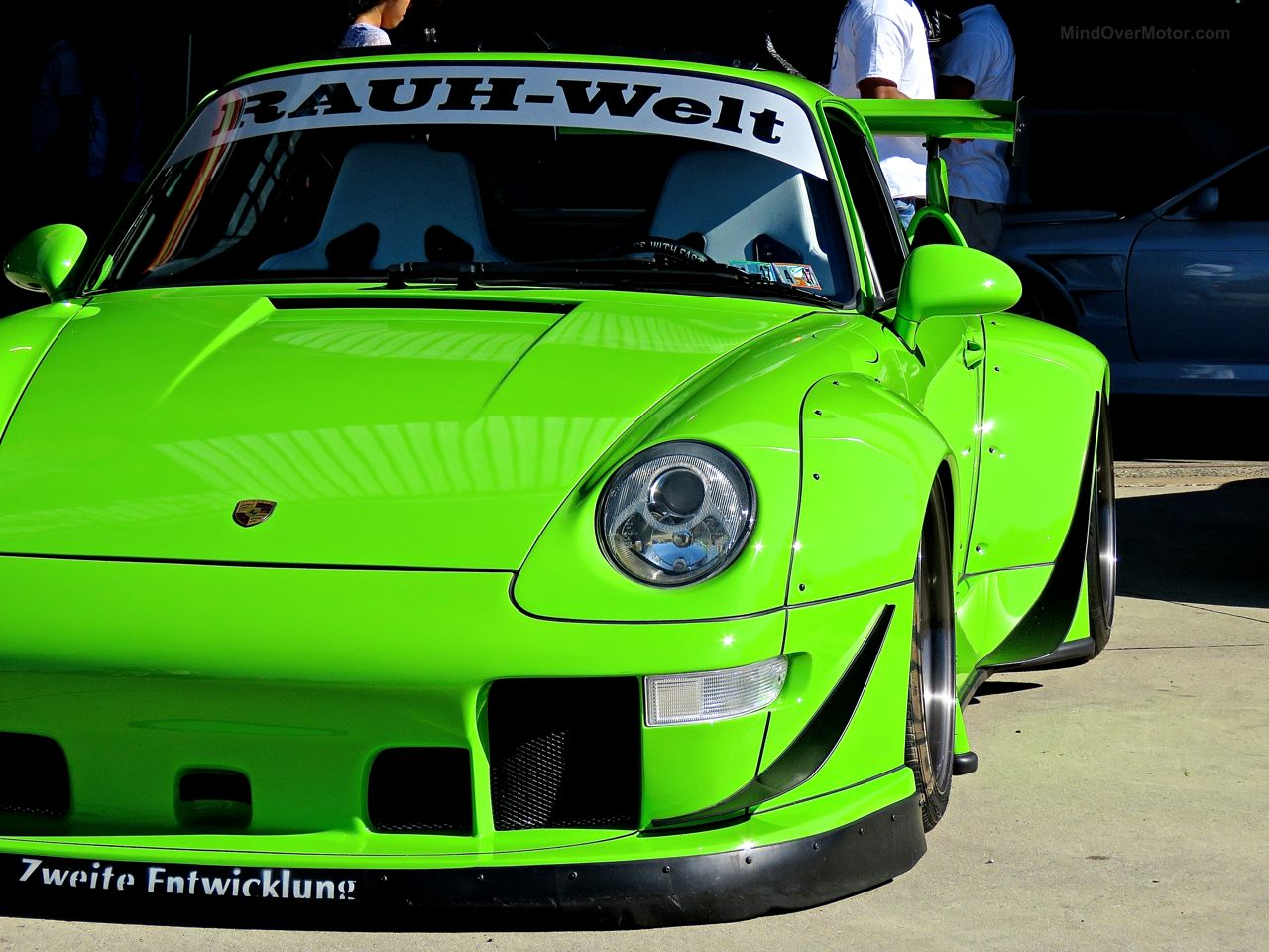 First Class Fitment Rauh-Welt Porsche