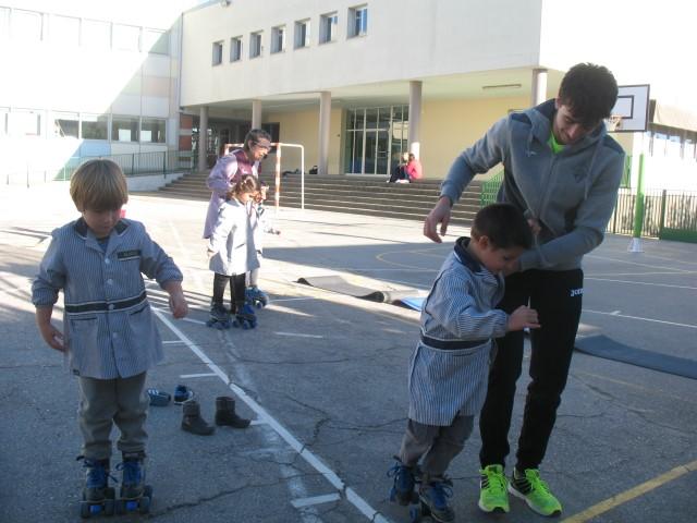 Aprenem a jugar a hoquei sobre patins
