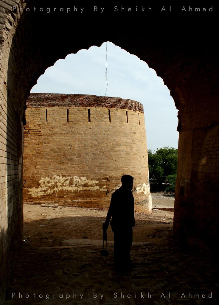 Inside The Umerkot Fort Sheikh Al Ahmed Flickr