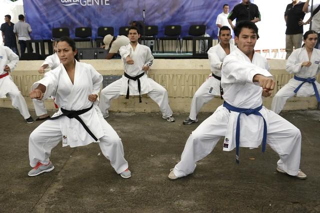 Festival del Buen vivir y Gobernando con la gente Col. Centroamérica
