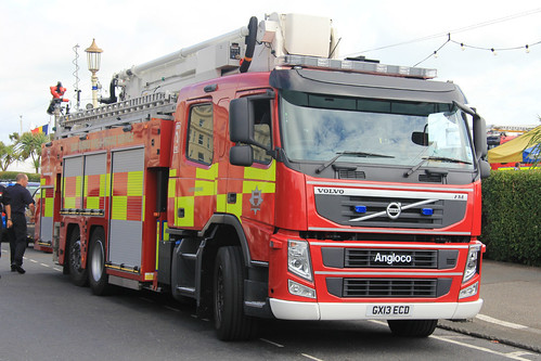 East Sussex Fire Amp Rescue Service Volvo Fm Aerial Ladder P