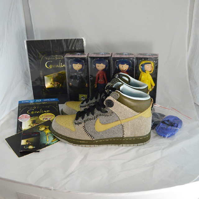 half off bbf39 b2314 authentic coraline collection dunks mns 10.5ds 587d4 1a425
