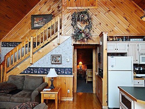 Wooden Cabin Living Room Unfernished