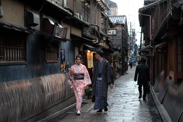 Chinese people wearing Japanese Kimono@Gion, Kyoto
