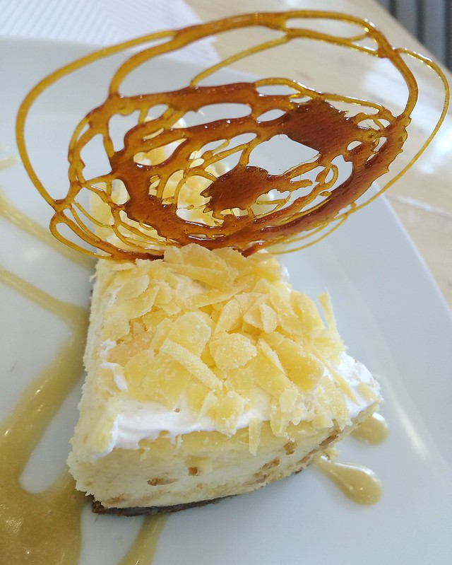 MARIQ Cafe + Restaurant