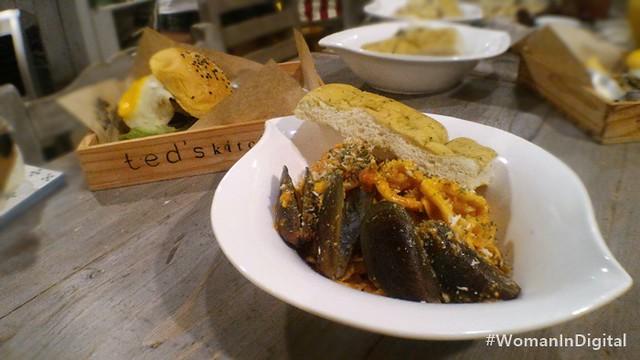 Teds-Laguna-Seafood-Pasta