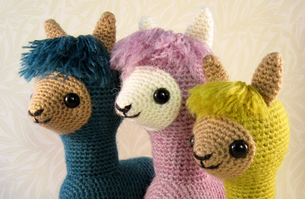 Alpaca Crochet Amigurumi : Alpaca family amigurumi pattern this pattern to make two su flickr