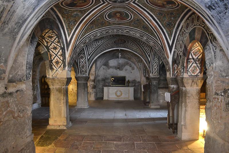 Cripta del Katholikón