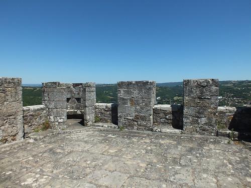 Le donjon de Capdenac-le-Haut ou la tour de Mondon