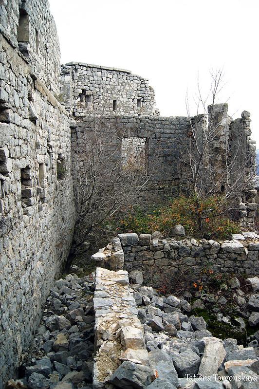 Внутри фортификации