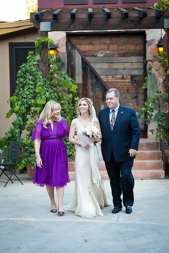 Kimmy_down aisle with parents | by keratican