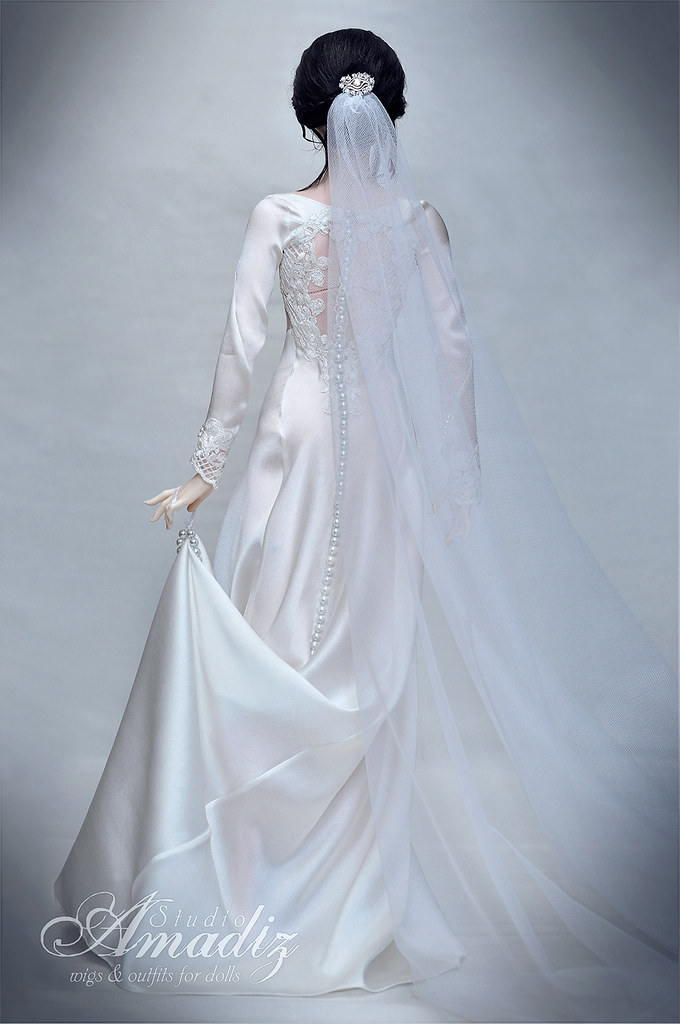 Bella Swan wedding dress | Repeat of Bella Swan "|680|1024|?|6cc7285f16000c548e1a2e977398c372|False|UNLIKELY|0.31055569648742676