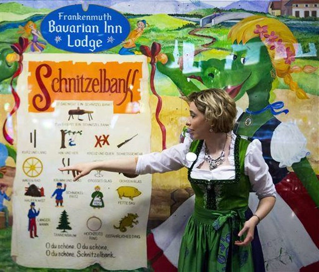 schnitzelbank-frankenmuth