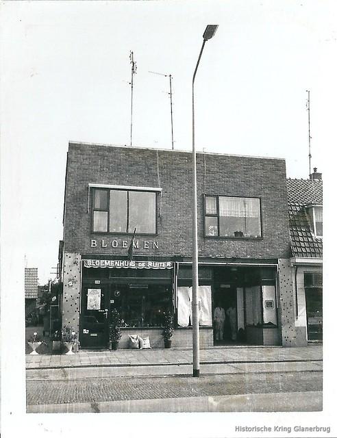 Gronausestraat 1261-1263, 1975