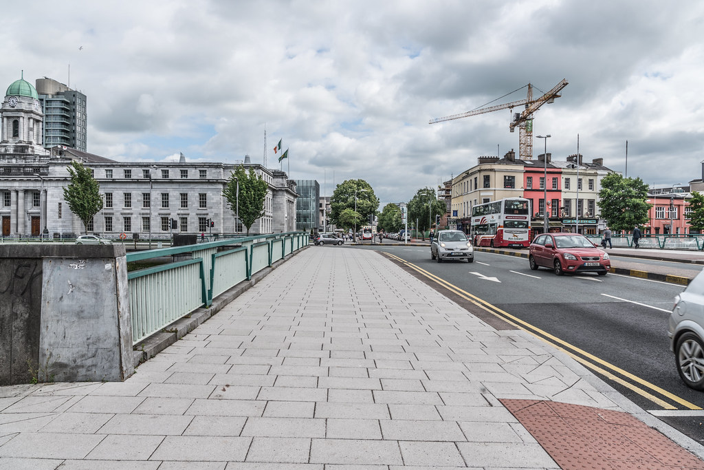 PARNELL BRIDGE IN CORK CITY [OPENED TO THE PUBLIC IN 1971]-122567
