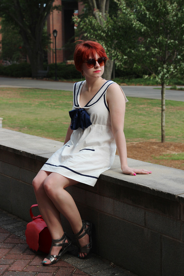 White Sailor Dress Silver Sandals Tortoiseshell Sunglass Flickr