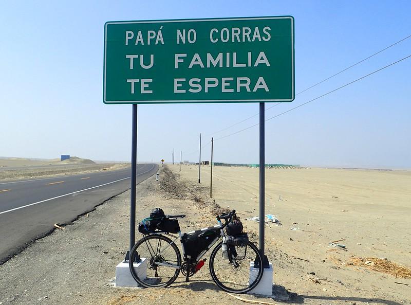En el Perú, se ve que las mamás aún no corren.