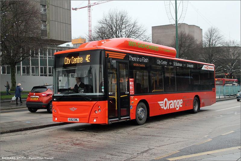 Plymouth Citybus 703 AU62DWL