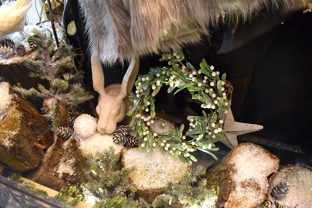 Snowy Forest in the Queen Bee Home Christmas Window 2016 | wwww.rachelphipps.com @rachelphipps